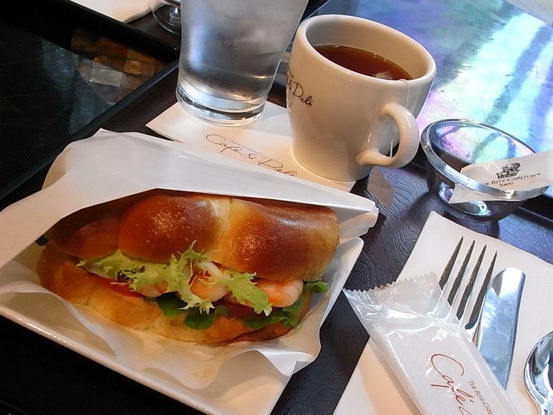 Ritz Carlton cafe & deli (6)