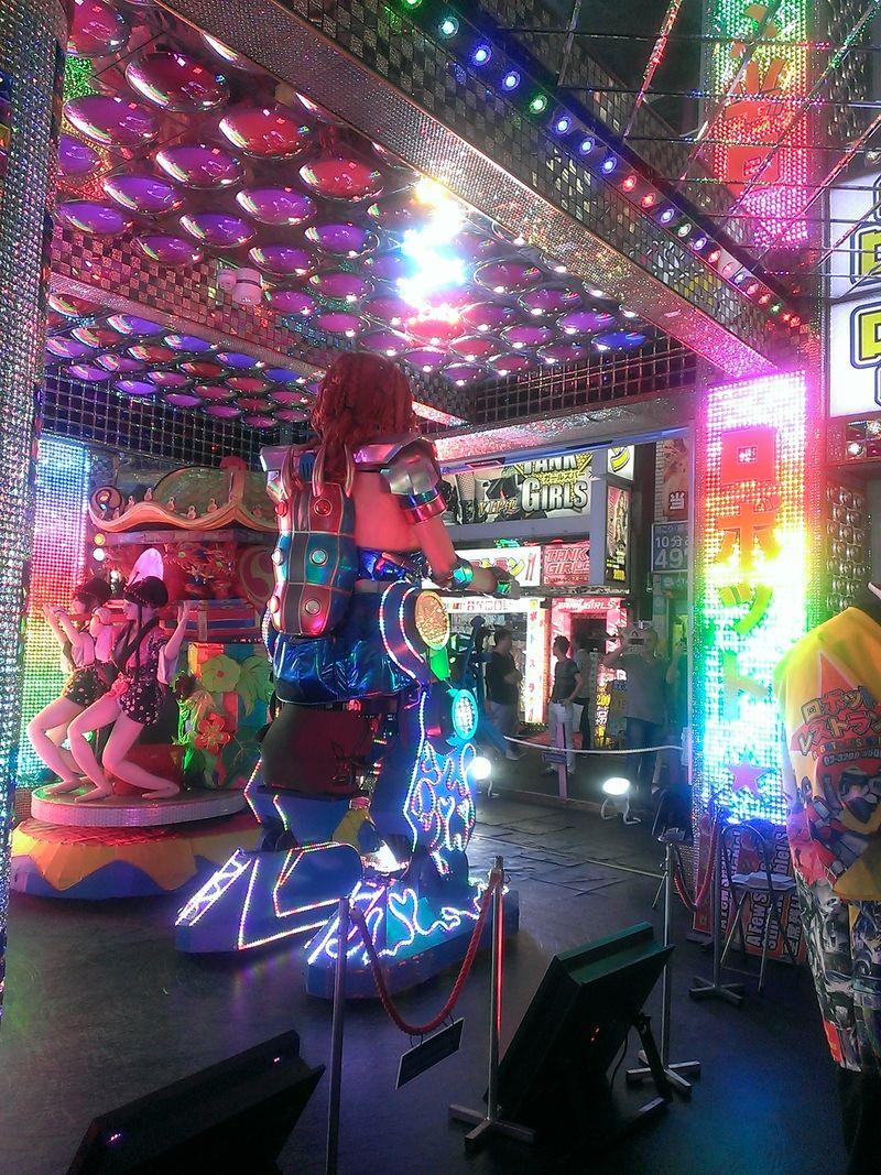 Robot Restaurant (3)