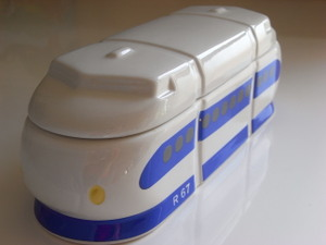 Shinkansen_lunch_box_5